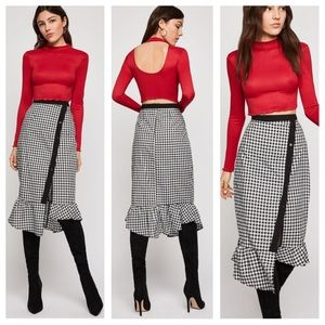NWT BCBGeneration Gingham Tiered Skirt